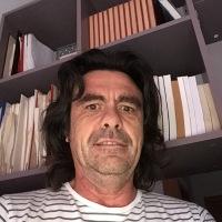 La ciudad reconoce a Juan Bellido, Manolita Chen y José García como parte de la memoria lgtbiq de Cádiz