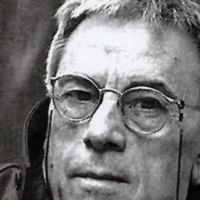 'Un pájaro quemado vivo' o la memoria histórica de Agustín Gómez Arcos